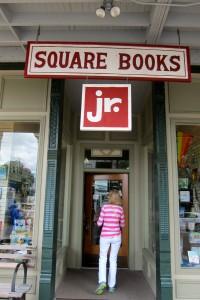 SQUARE BOOKS 3